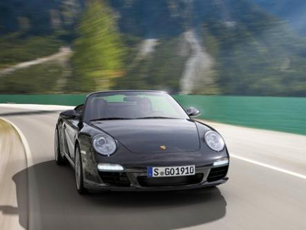 Черный-черный Porsche