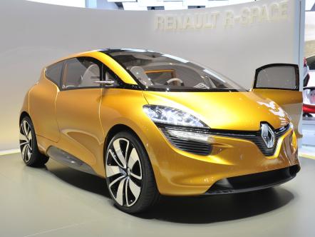 Renault показал концепт для продвинутых семейств