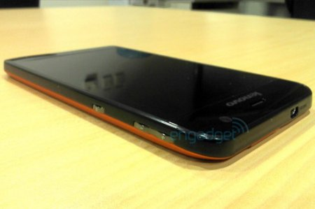 Lenovo работает над планшетом с 5-дюймовым экраном