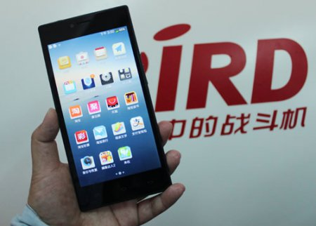 В китайском смартфоне Bird Snapdragon XL используется однокристальная платформа MediaTek