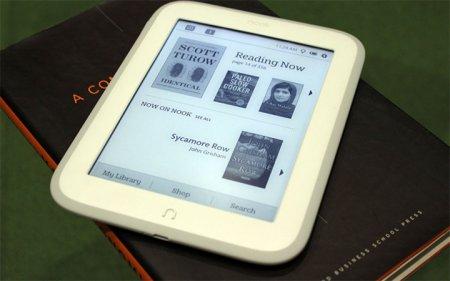 Barnes & Noble представила букридер Nook GlowLight