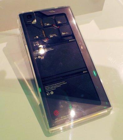 CES 2014: ZTE Eco-Mobius — мобильный телефон с заменяемыми модулями