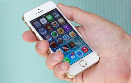 """iPhone 6 с плоскими экранами 4,7"""" и 5,5"""" выйдет в сентябре"""
