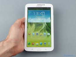 Пресс-фото планшета Samsung Galaxy Tab 4 7.0