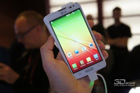 LG L90 третьего поколения продается в России по цене 10 тысяч рублей