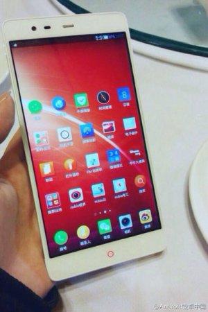 Смартфон ZTE Nubia X6, оснащенный экраном диагональю 6,4 дюйма, официально представлен