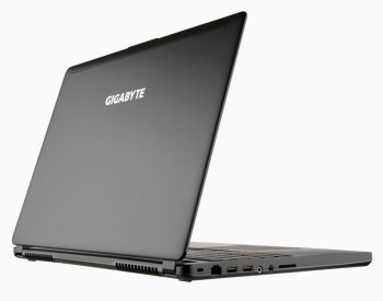 """новинка GIGABYTE Ultraforce P35W v2: 15,6"""" мощный игровой ноутбук с массой 2,16 кг"""